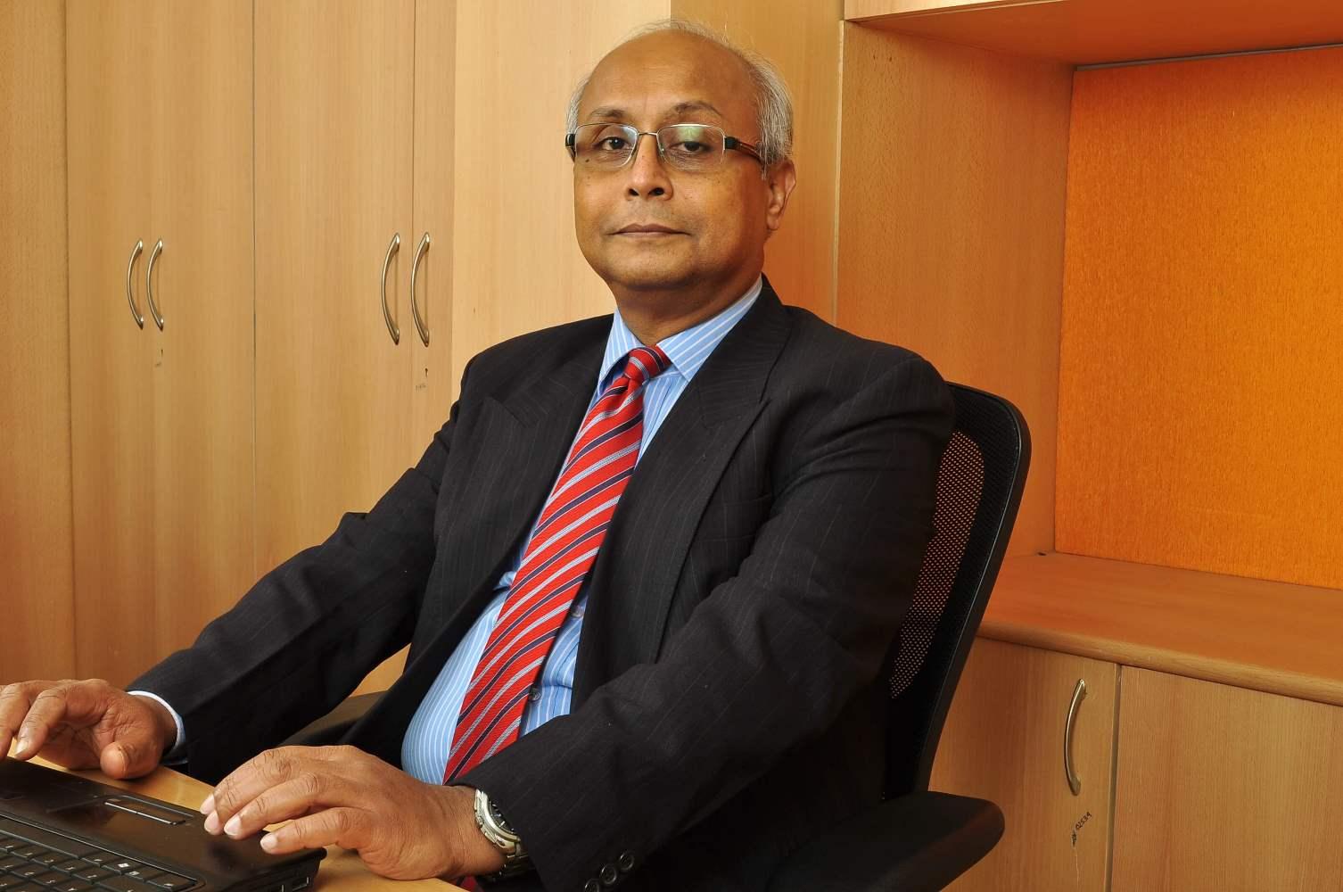 Dr. Kaushik Nandy